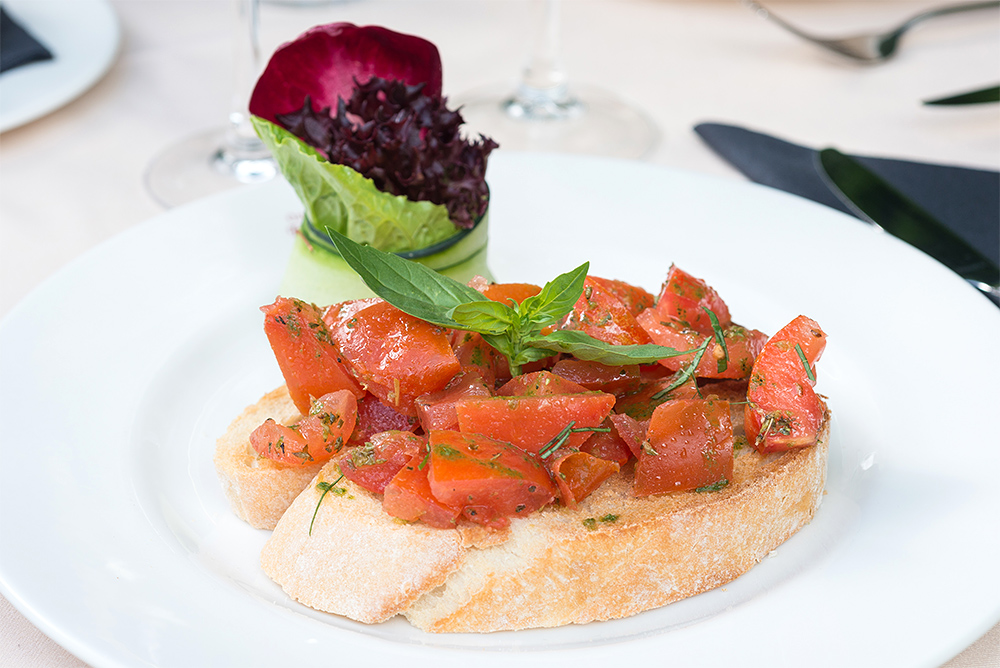 traditional Italian cuisine bruschetta