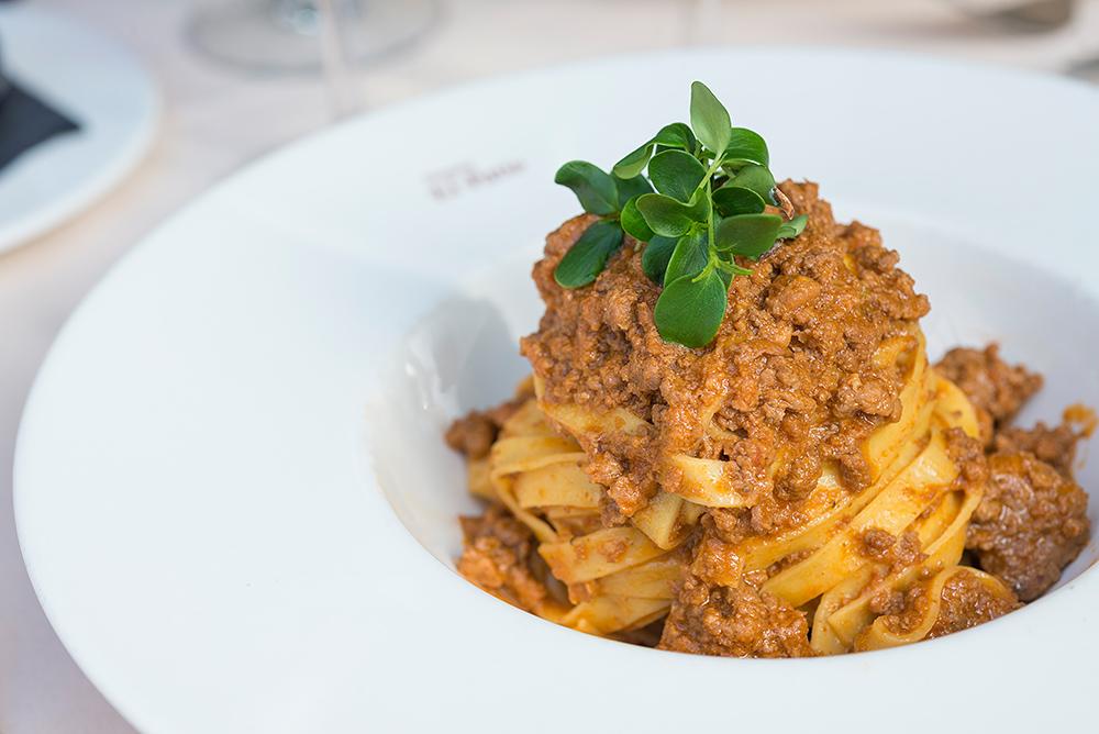 Bolognese tagliatelle dish